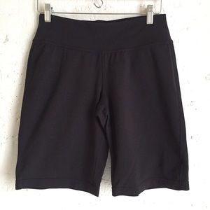 Athleta Fusion Bermuda Shorts in Black